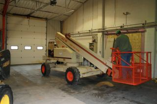 46 ' Jlg Boom Lift,  Telescoping Lift,  Man Lift photo