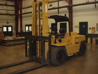 13,  000 Pound Capacity Clark Forklift Tow Motor Lift Truck Material Handling photo