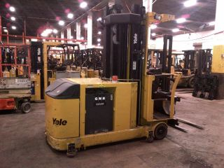 2006 Yale Nta030sa Turret Order Reach Picker Swing Narrow Isle Forklift Truck photo