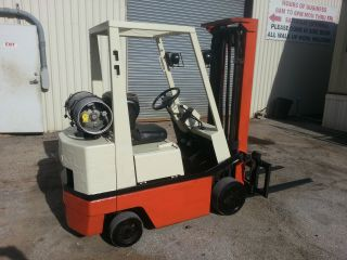Nissan Kcp 3,  000 Lb Capacity Forklift photo