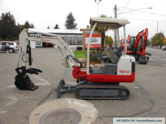 2008 Takeuchi Tb016 Mini Excavator With Thumb And Wrist Controls. Excavators photo