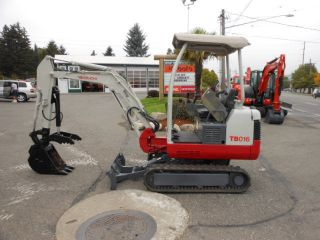 2008 Takeuchi Tb016 Mini Excavator With Thumb And Wrist Controls. photo