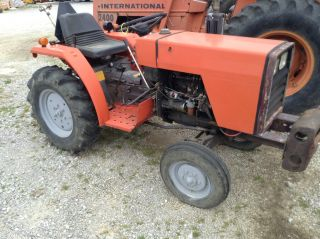 1010 Massey Ferguson photo
