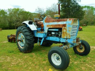 Ford Tractor 100 Hp photo