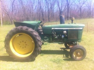 John Deere 2120 Diesel 68hp Tractor With Dual Power photo