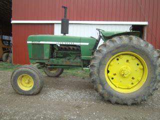 2840 John Deere Tractor photo