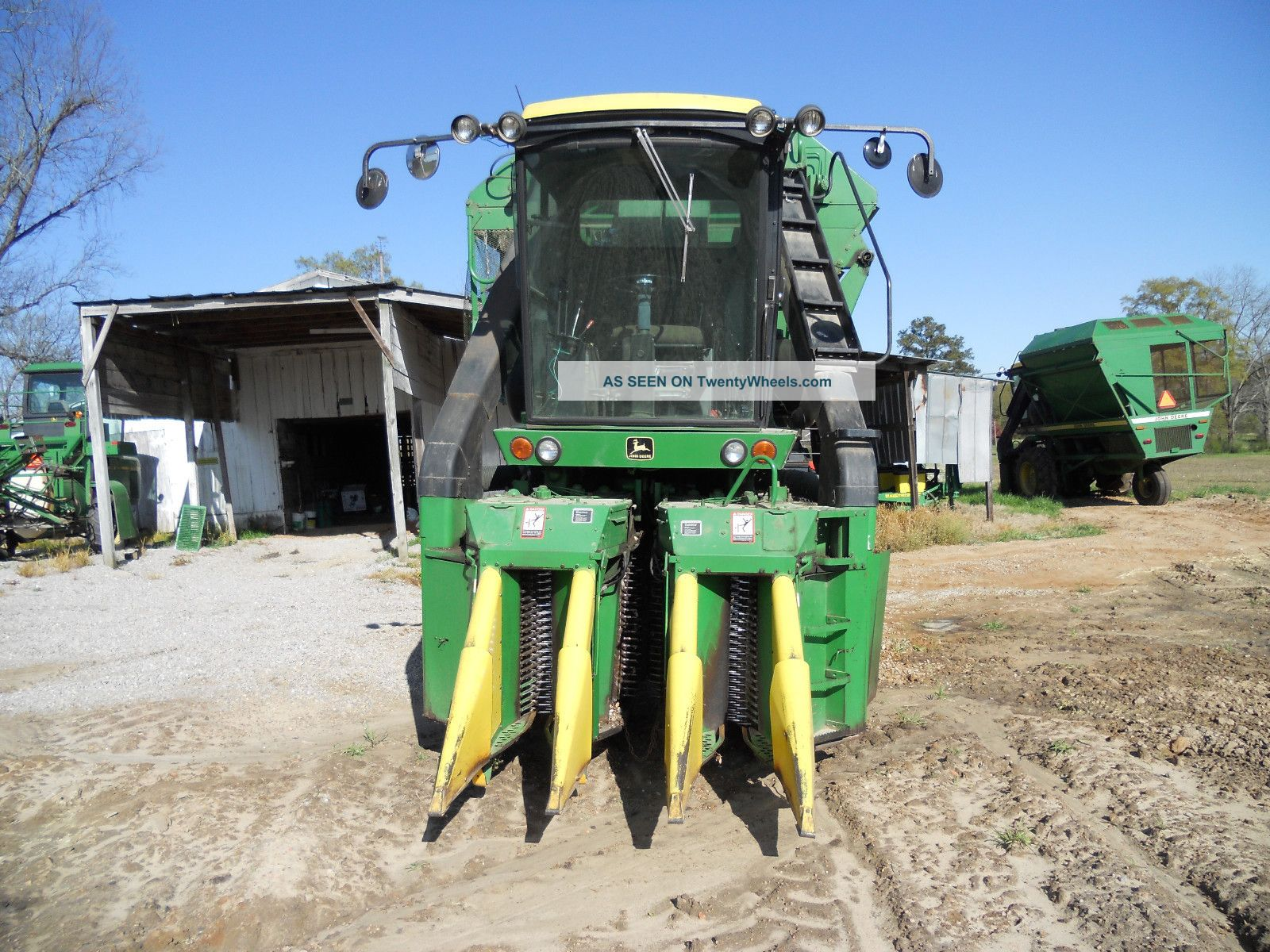 John Deere 9920 Cotton Picker; Field Ready Combines photo