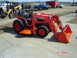 2005 Kubota B7610 24hp 4wd Tractor With Loader,  60 Inch Mower,  And Dozer Blade photo