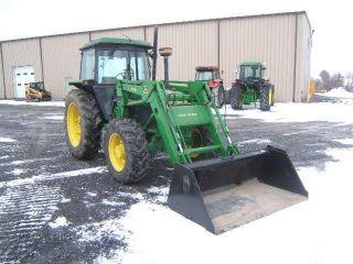 John Deere 2850 Tractor photo