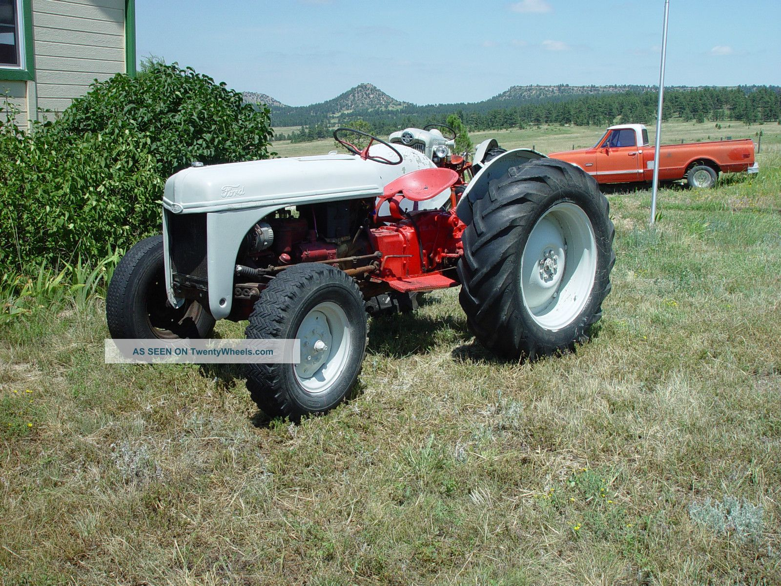 8n Tractor Specifications : Ford n specs