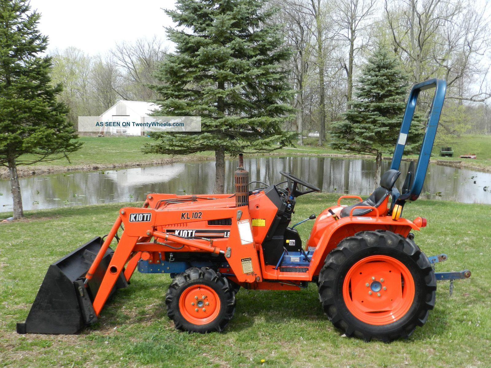 Kioti Compact Tractors : Kioti b compact tractor front hydraulic loader
