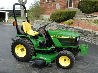 John Deere 4100 Compact Tractor & 54 In Belly Mower - - 4x4 - 450 Hrs photo