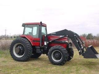Case Int.  7130 Magnum Mfwd Tractor photo