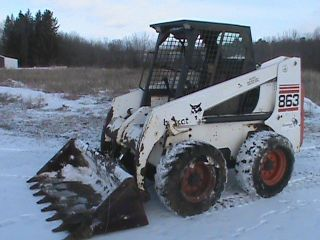 2000 Bobcat 863 Turbo Low Hours photo