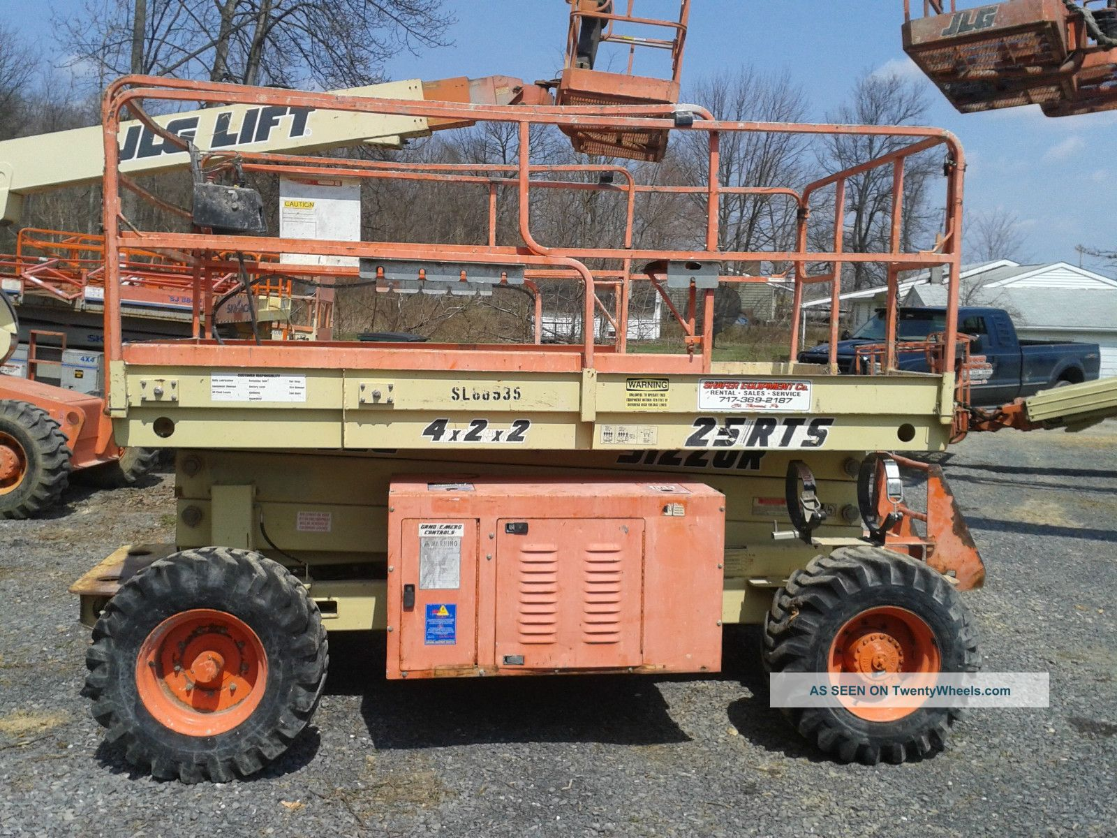 Jlg 25rts Rough Terrain Scissor Lift Aerial Work Platform Genie Skyjack Lifts photo
