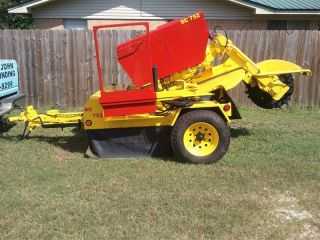 Vermeer 752 Stump Grinder photo