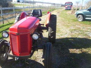 Ferguso Tractor 1950 Model W 3pt Hitch photo
