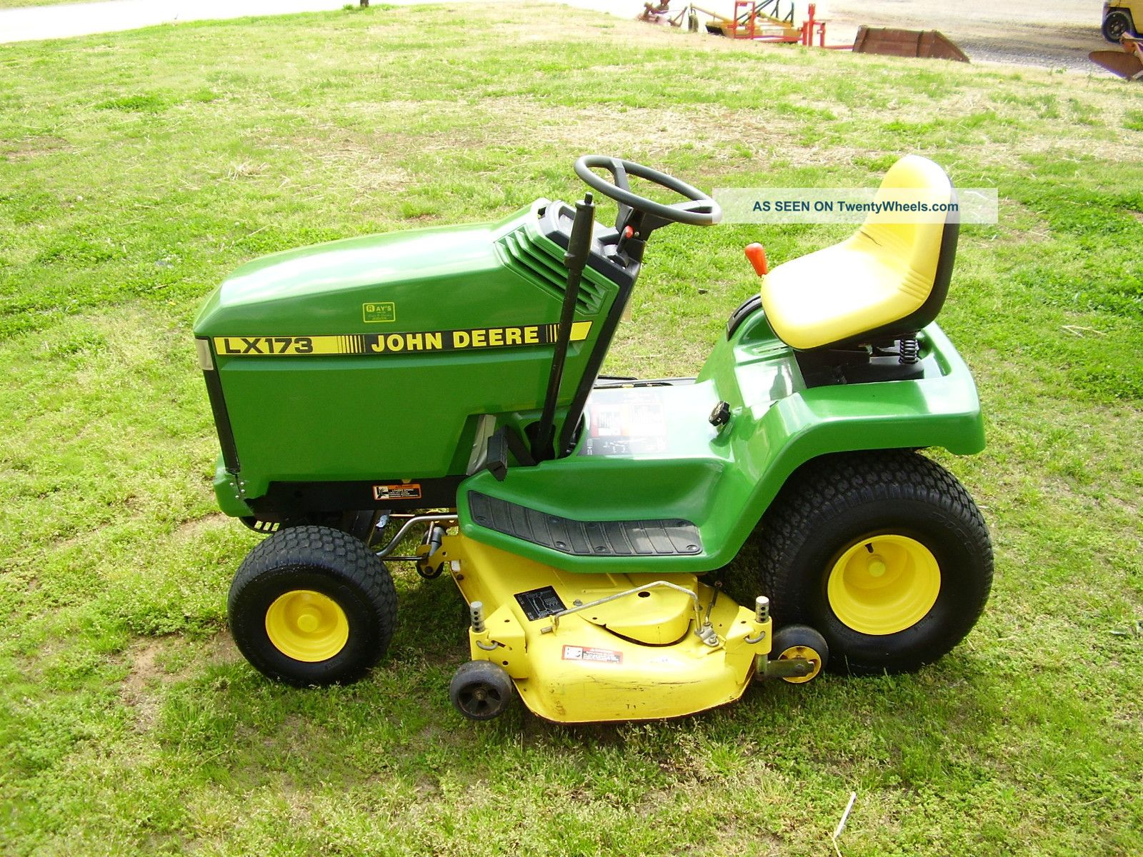 ... John Deere Lx 173 Riding Mower Tractors photo 8