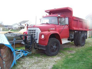 1977 International Loadstar 1700 photo