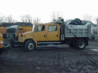 2001 Freightliner Fl80 photo