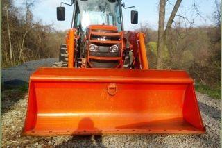 2010 Kubota L5740 Tractor photo