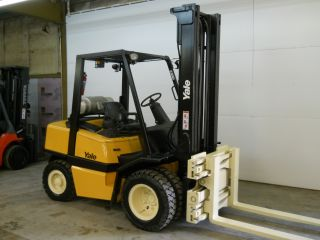 2006 Yale 6000 Lb Capacity Forklift Lift Truck Pneumatic Tire Clear View Mast photo