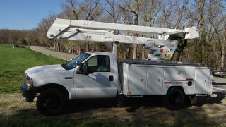 2002 Ford F 550 photo