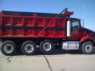 2000 Kenworth T - 800 photo