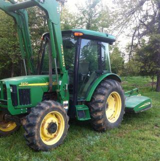 John Deere 5420 Cab & Air Tractor.  4x4.  Front End Loader.  W/ Jd Bushhog Cold Air photo