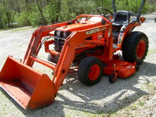 Kubota B7500 Tractor,  W/loader & Belly Mower,  (334 Hours) Near photo