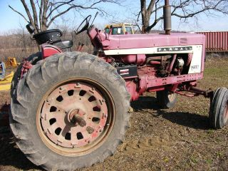 Farmall 706 Tractor With photo