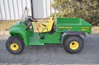 John Deere Gator 4x2, photo