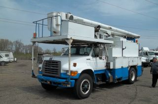 1996 Ford F800 Financing Available photo