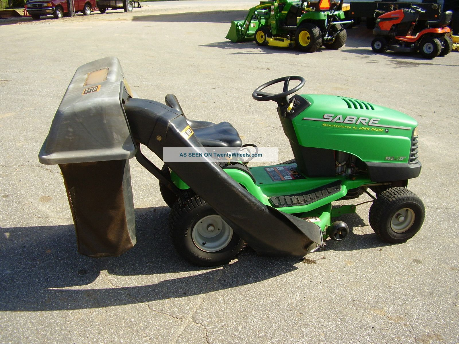 john deere sabre   hp   cut riding mower