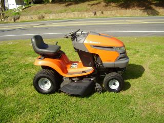 Husqvarna Yth 20 K 46 Ridding Mower Hydrostatic Drive photo