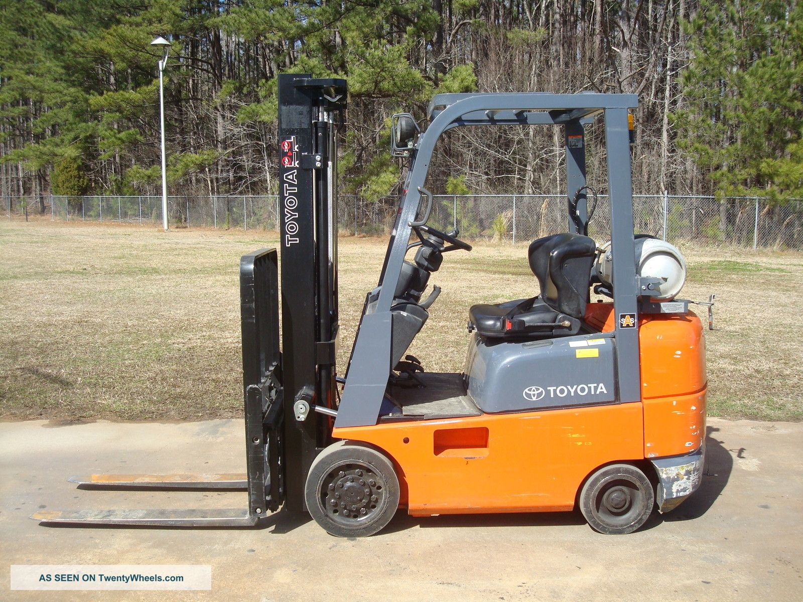 2006 Toyota 4,  000 Lb.  7fgcsu20 Forklift Truck Forklifts & Other Lifts photo