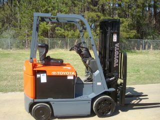 2009 Toyota 7fbcu25 Electric 36 Volt Forklift Truck & 100% Reconditioned Battery photo