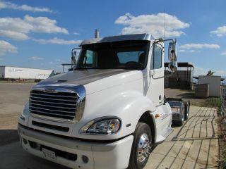 2006 Freightliner photo