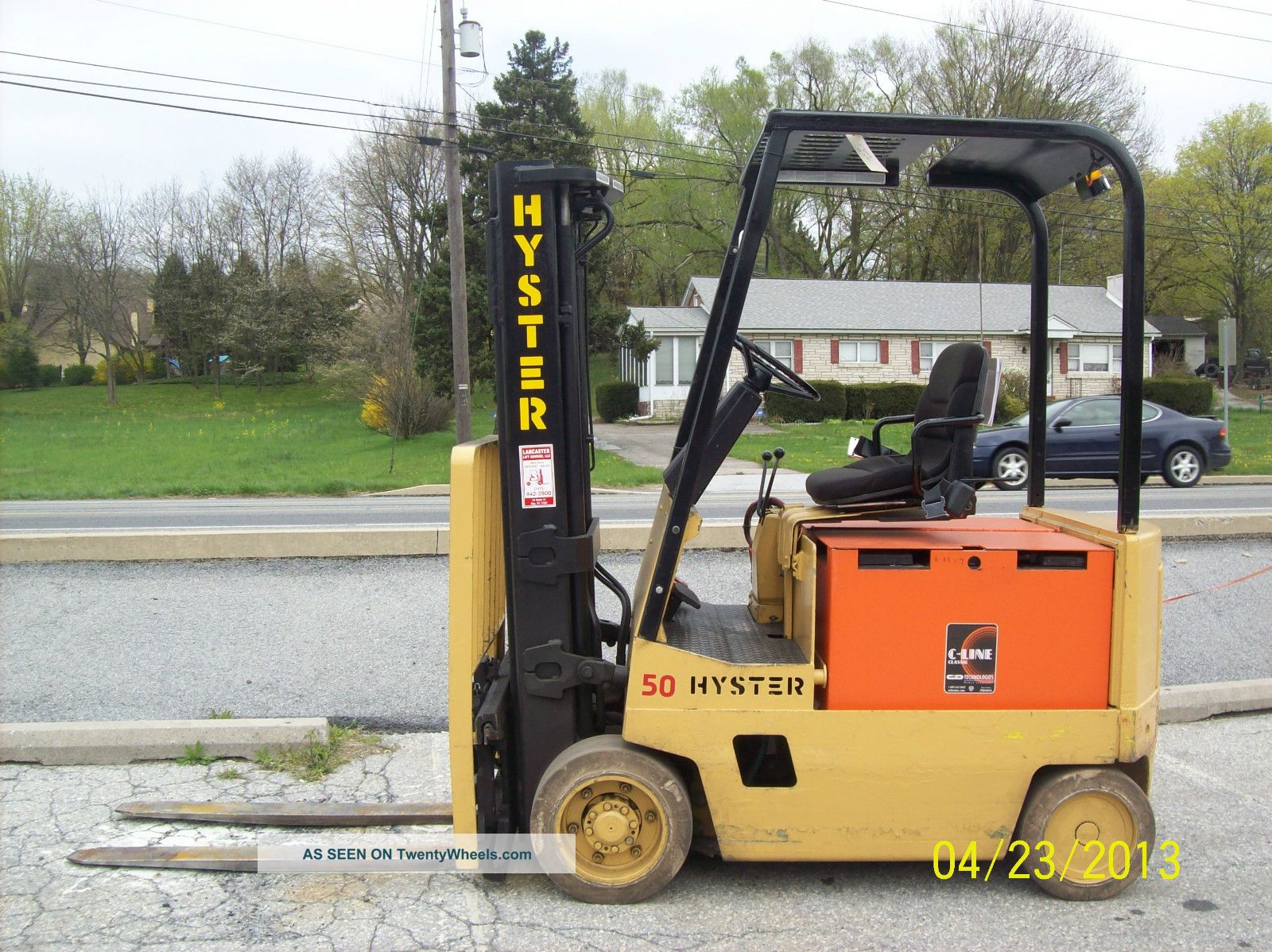 1985 Hyster Electric 36 Volt 5000 Lb Forklift 530 Forklifts & Other Lifts photo
