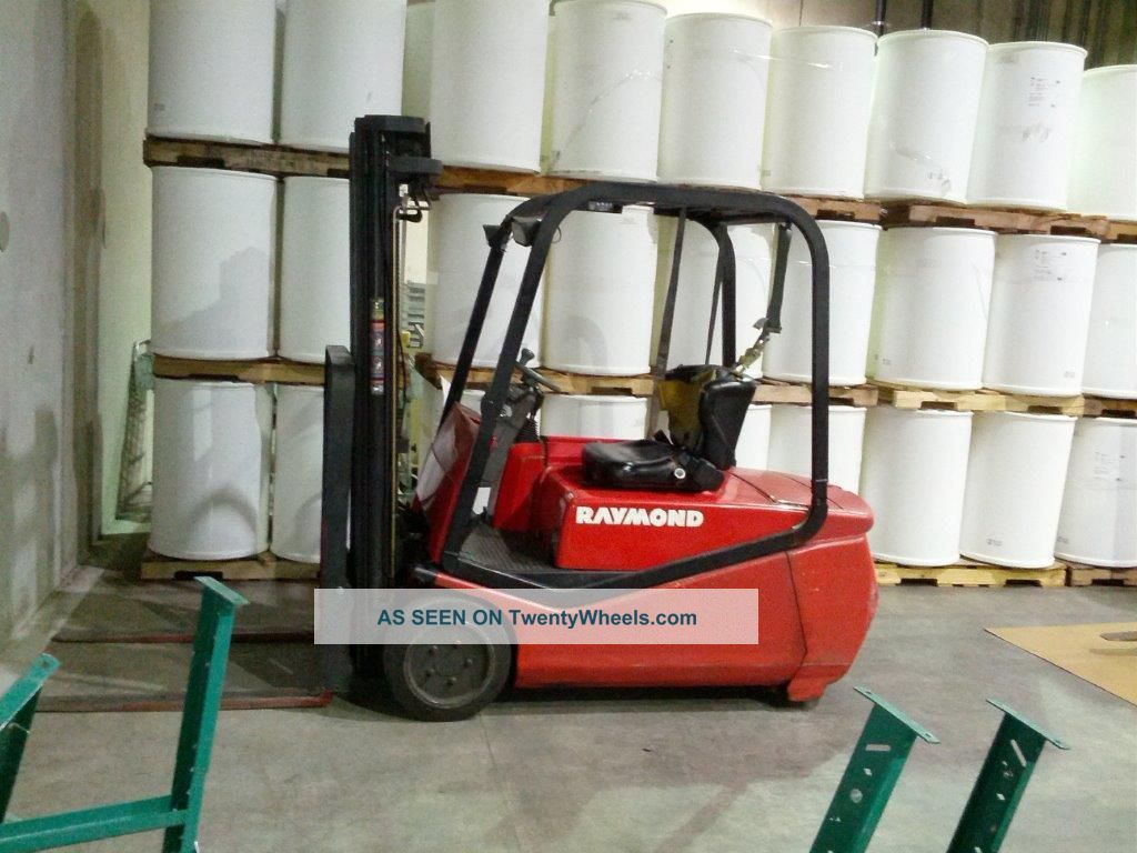 Raymond Rtw35 Forklift (3500 Lbs Lift Capacity) Forklifts & Other Lifts photo