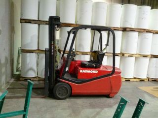 Raymond Rtw35 Forklift (3500 Lbs Lift Capacity) photo