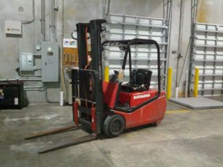 Raymond Rtw40 Forklift (3500 Lbs Lift Capacity) photo