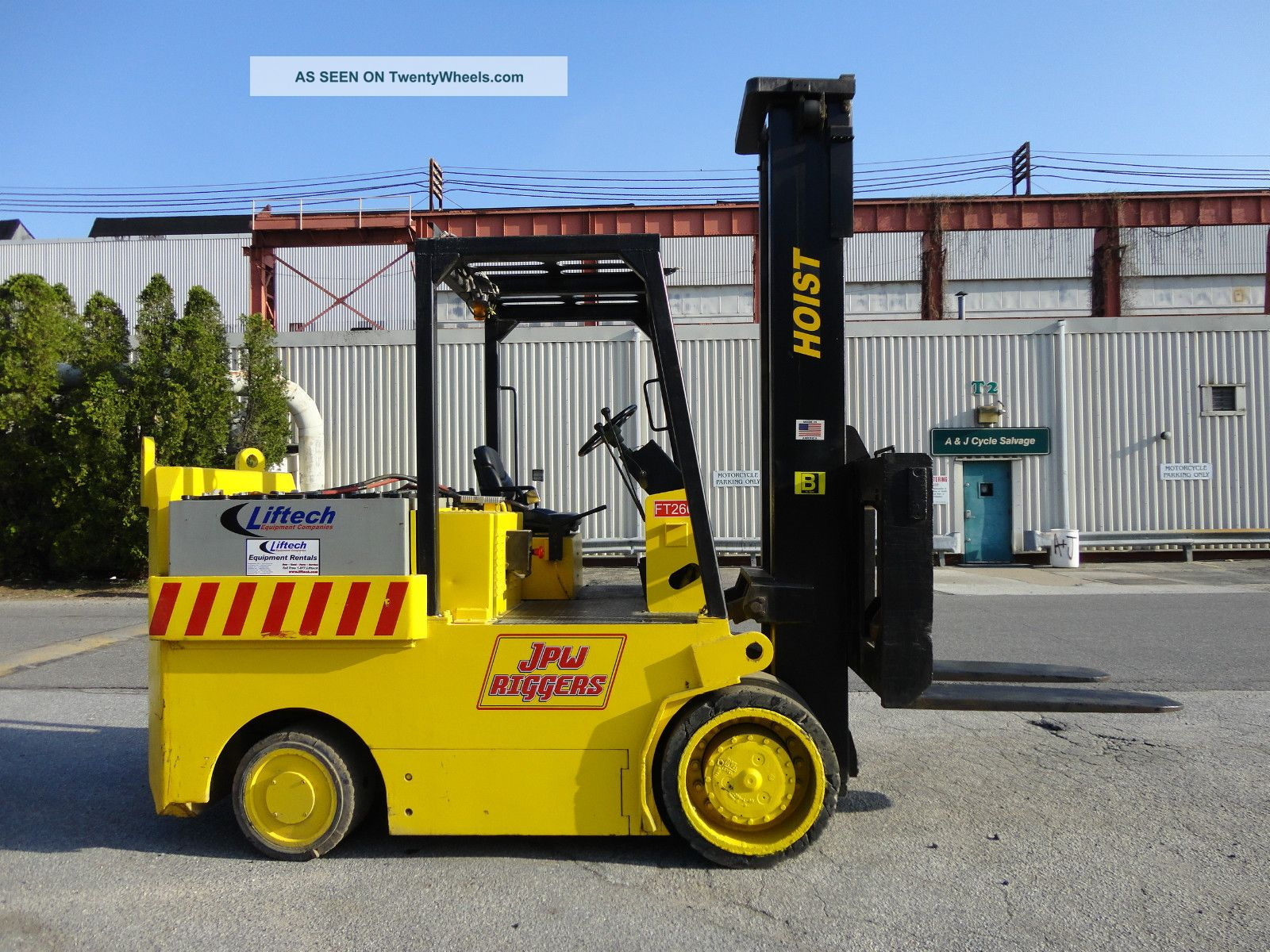 2004 Hoist 30,  000 Lbs Electric Forklift 72 Volts Fork Lift Truck - Forklifts & Other Lifts photo