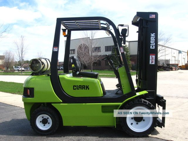 2001 Clark Cmp30 Forklift 6000lb Pneumatic Lift Truck Hi Lo Forklifts & Other Lifts photo