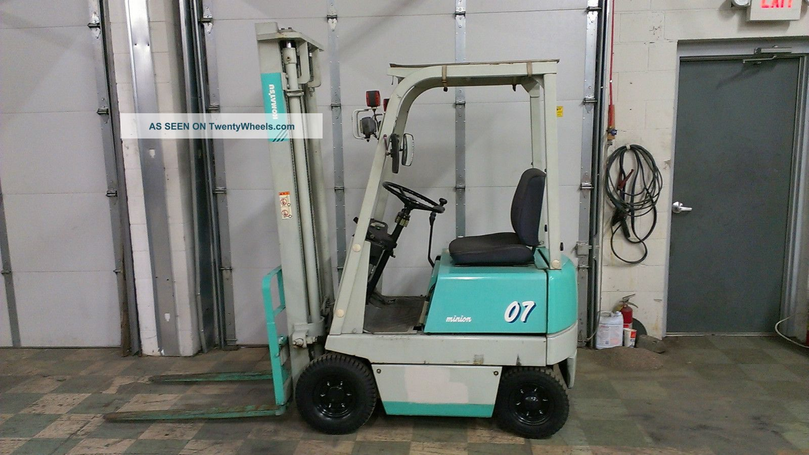 Compact Komatsu 2000lb Pneumatic Tire Forklift Forklifts & Other Lifts photo