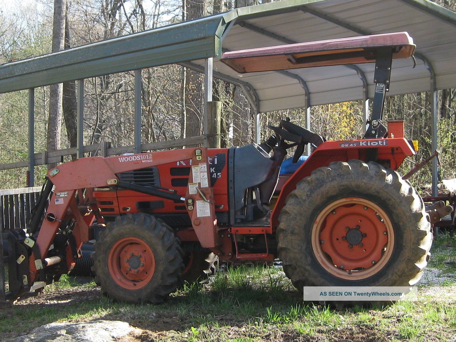 Kioti Dk45 4wd Tractor With Woods Front Loader Tractors photo