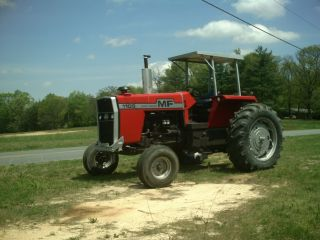 Massey Ferguson 1105 photo