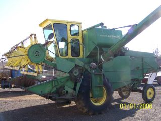 John Deere Model 105 Diesel Grain Combine photo