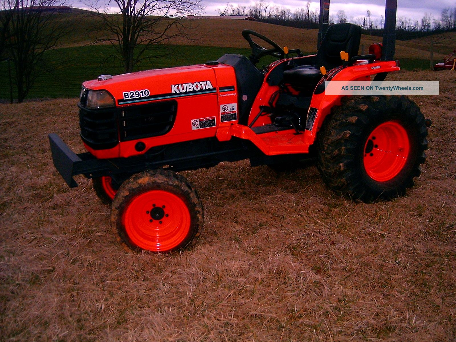 2002 Kubota B2910 4 Wheel Drive Compact Tractor With Hydrostatic Transmission Tractors photo
