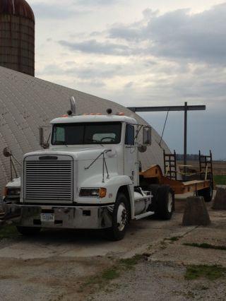 1995 Freightliner Fld photo